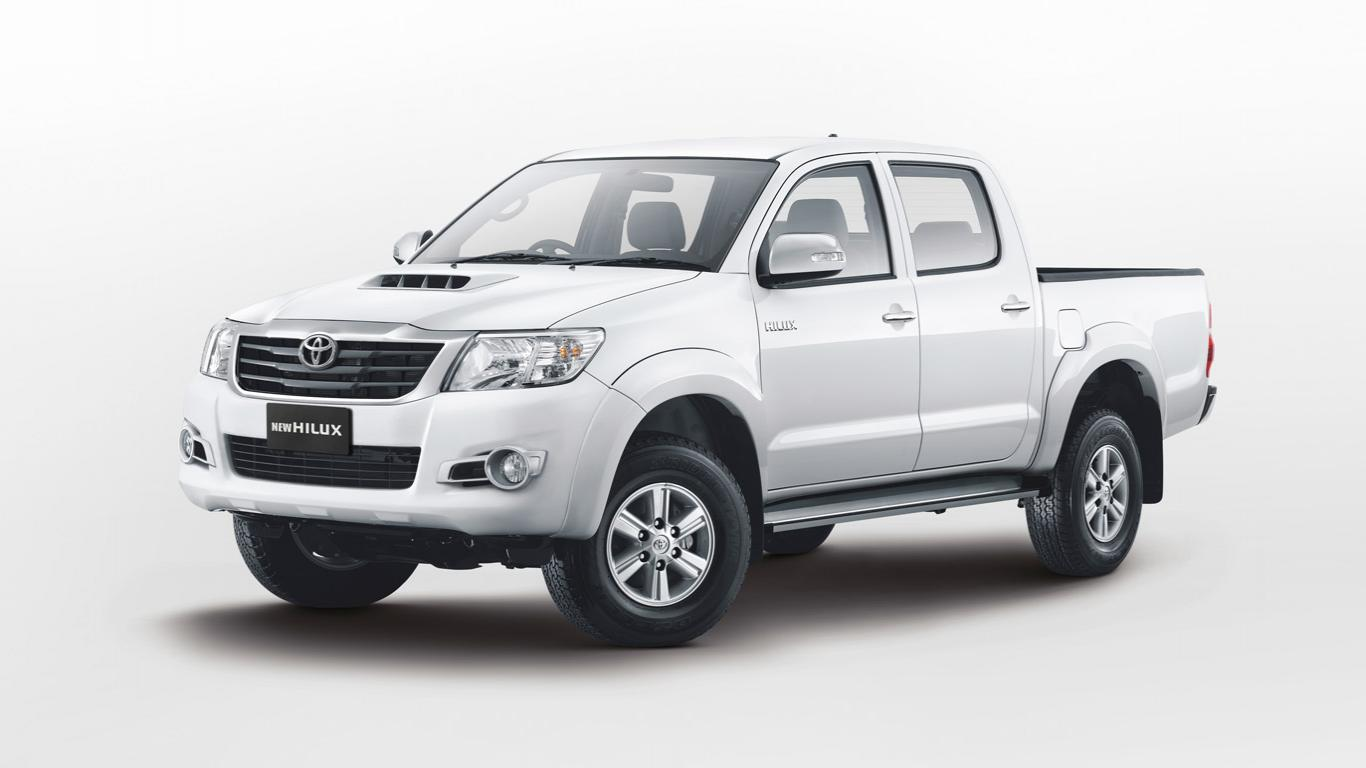 New Hilux 2013 | Toyota Jember | iwouldratherbewrong